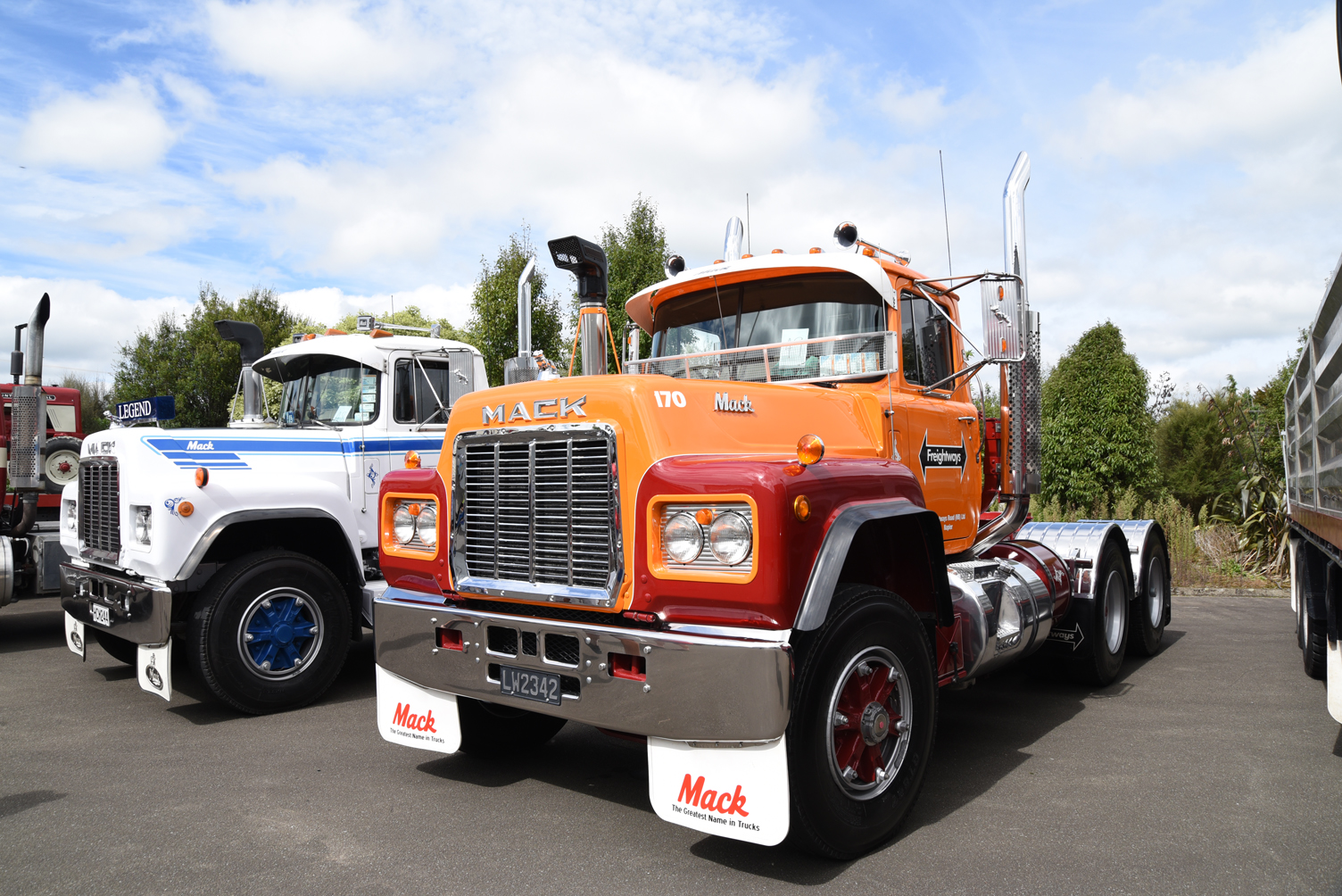 Two Macks - a 1986 R686RST and a 1984 R688RS -  were just two of the classic make on show